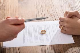 What Should Be Included in an Illinois Divorce Settlement?
